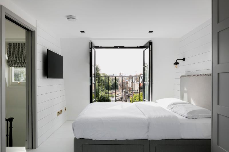 One Fine Stay - Macfarlane Road apartment - Image 1 - London - rentals