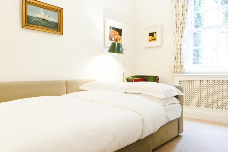One Fine Stay - Mallord Street apartment - Image 1 - London - rentals