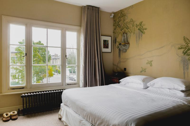 onefinestay - Malvern Road private home - Image 1 - London - rentals