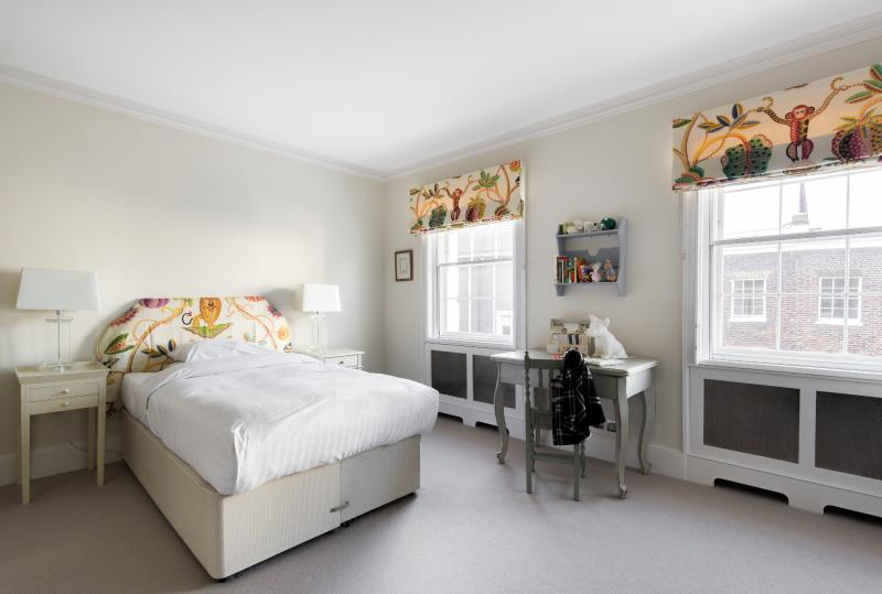 onefinestay - Montpelier Street private home - Image 1 - London - rentals