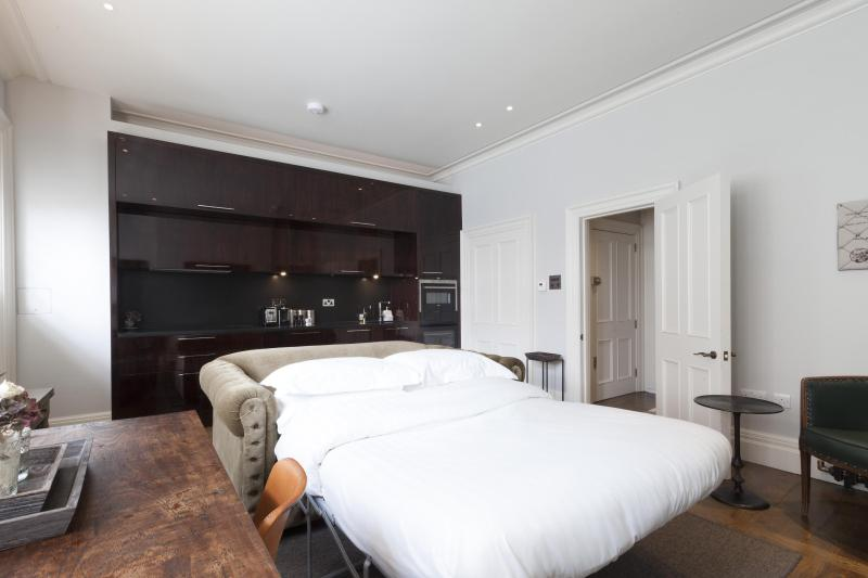 One Fine Stay - North Audley Street III apartment - Image 1 - London - rentals