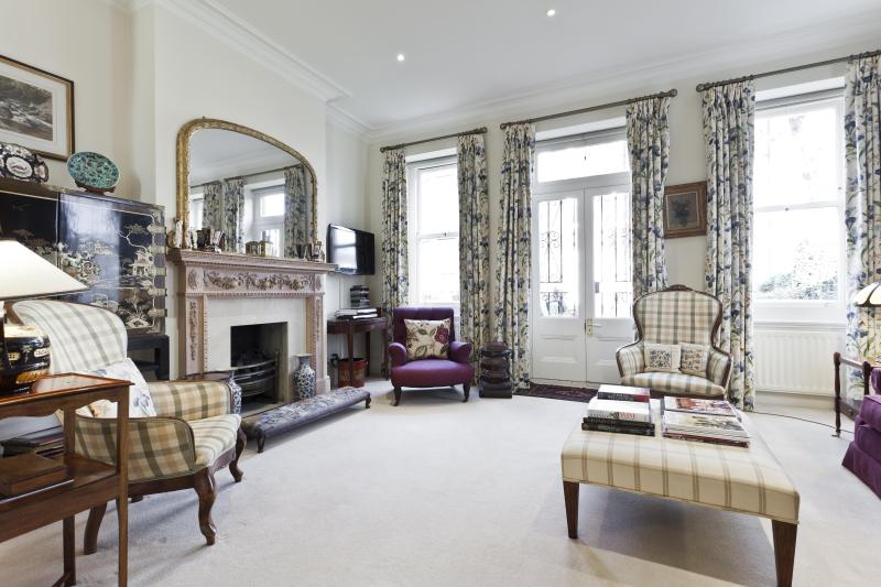 onefinestay - Ormonde Gate private home - Image 1 - London - rentals