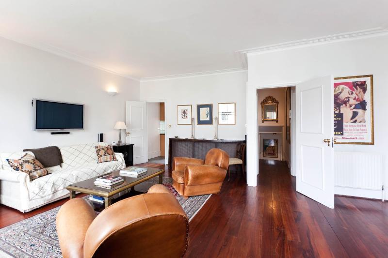 Pembridge Crescent - Image 1 - London - rentals