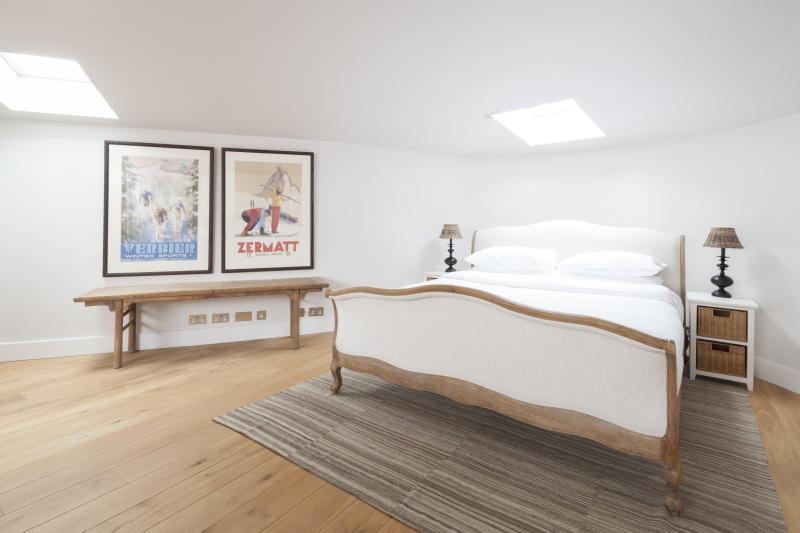 One Fine Stay - Portland Road VI apartment - Image 1 - London - rentals