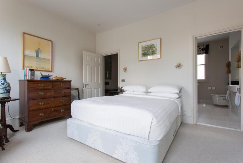 One Fine Stay - Princedale Road III apartment - Image 1 - London - rentals