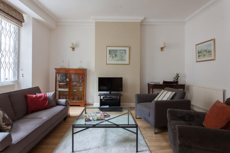 One Fine Stay - Queen's Gate II apartment - Image 1 - London - rentals