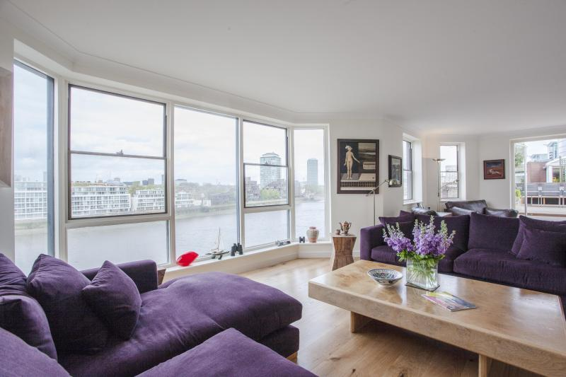 One Fine Stay - Riverside Court apartment - Image 1 - London - rentals