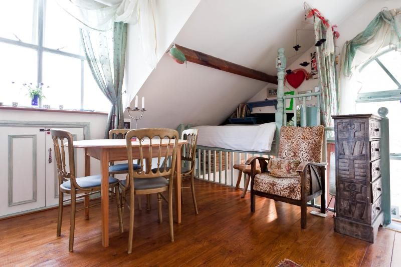 One Fine Stay - St Helens Gardens Studio apartment - Image 1 - London - rentals