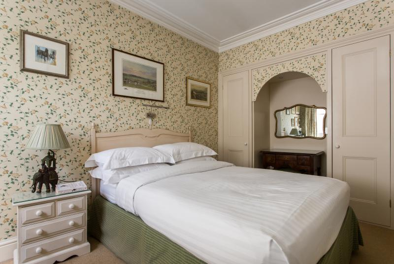 One Fine Stay - Sydney Place apartment - Image 1 - London - rentals