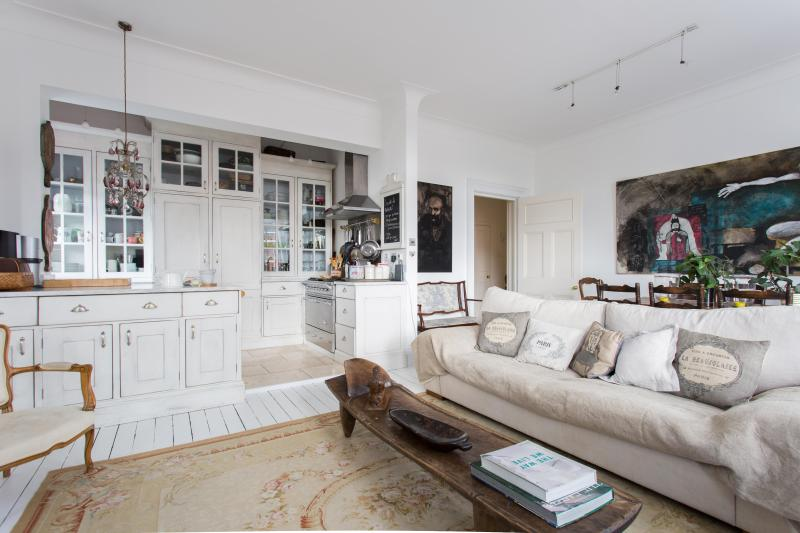 onefinestay - Trebovir Road private home - Image 1 - London - rentals