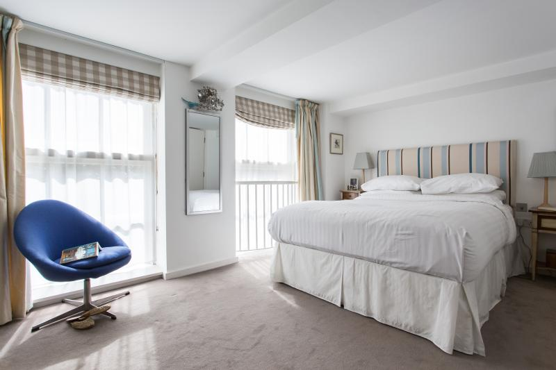 onefinestay - Victorian Heights private home - Image 1 - London - rentals
