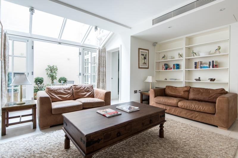 West Eaton Place II - Image 1 - London - rentals