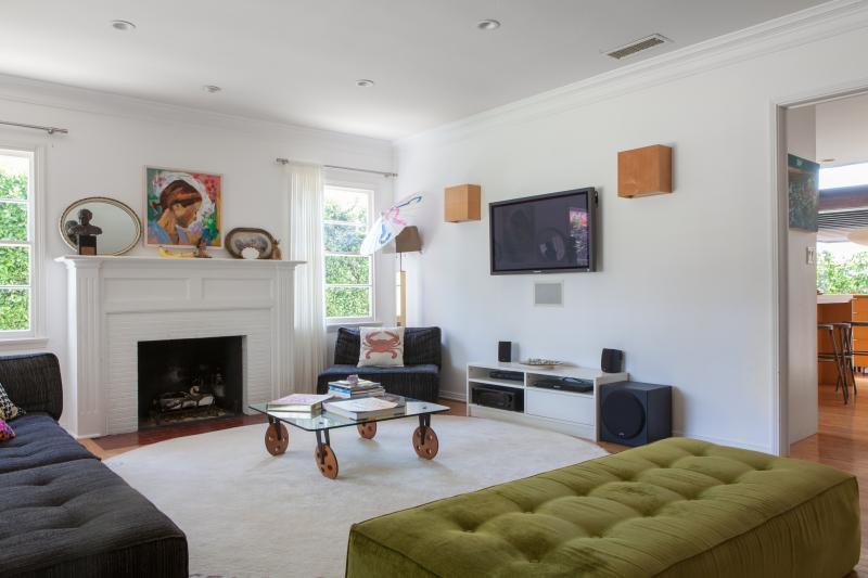 One Fine Stay - Chelsea Avenue - Image 1 - Santa Monica - rentals