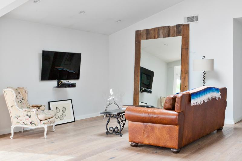 onefinestay - Clark Avenue private home - Image 1 - Venice Beach - rentals