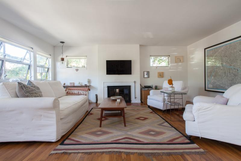One Fine Stay - Clement Avenue - Image 1 - Los Angeles - rentals