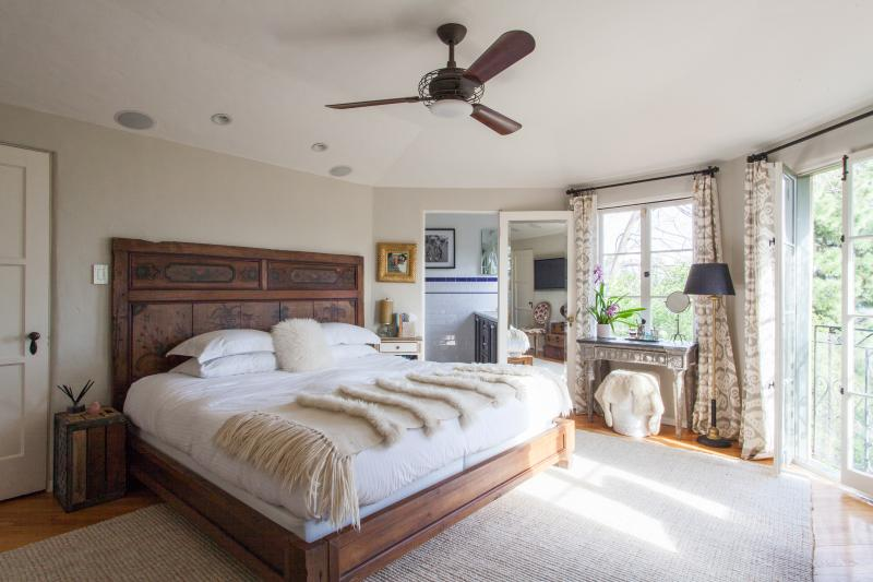 onefinestay - Griffith Park Boulevard private home - Image 1 - Los Angeles - rentals