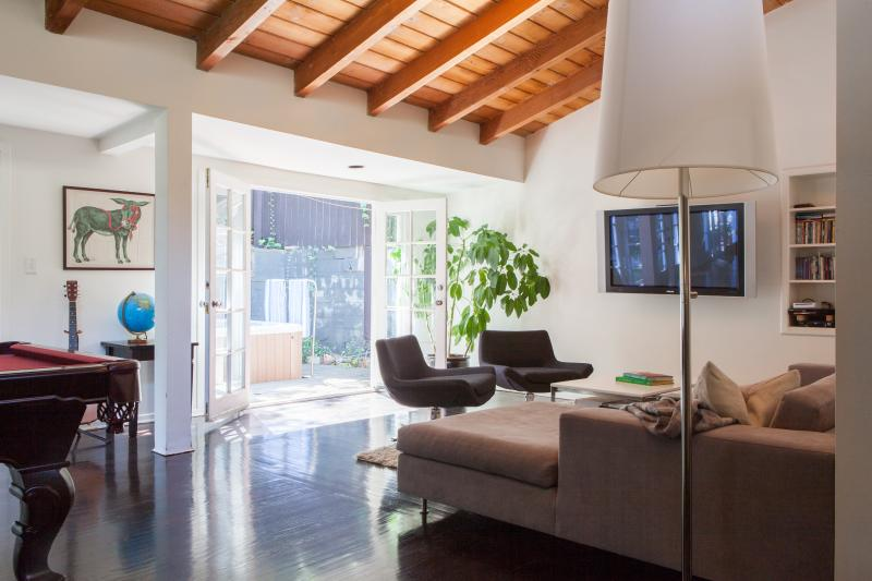 One Fine Stay - Laurel Canyon Boulevard - Image 1 - Los Angeles - rentals