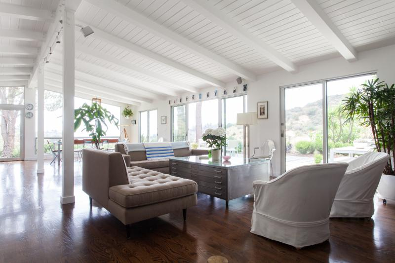 onefinestay - Mulholland Drive II private home - Image 1 - Los Angeles - rentals