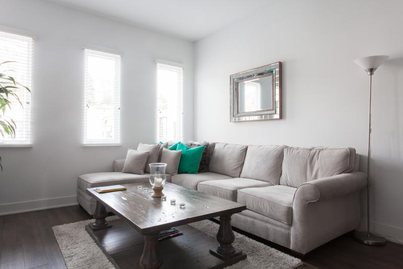 onefinestay - Selma Avenue private home - Image 1 - Los Angeles - rentals