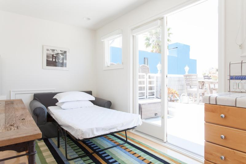 Venice Canal House - Image 1 - Venice Beach - rentals