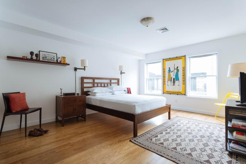 onefinestay - 10th Street Townhouse private home - Image 1 - New York City - rentals