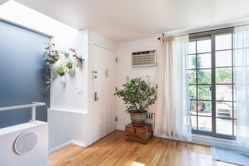 onefinestay - Barclays Place private home - Image 1 - New York City - rentals