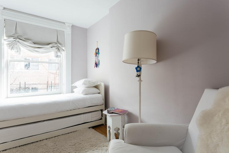 onefinestay - Hicks Street Townhouse private home - Image 1 - New York City - rentals