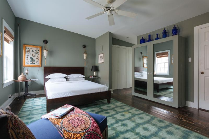 onefinestay - Minetta Lane Townhouse private home - Image 1 - New York City - rentals