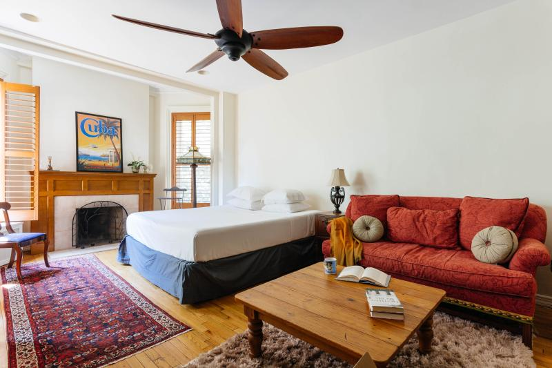 onefinestay - West 11th Townhouse private home - Image 1 - New York City - rentals