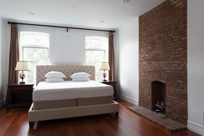 West 122nd Townhouse - Image 1 - New York City - rentals
