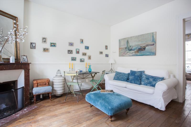 One Fine Stay - Avenue Claude Vellefaux apartment - Image 1 - Paris - rentals