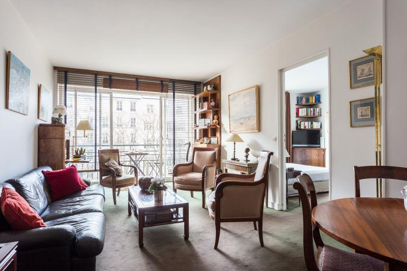 onefinestay - Avenue de Saxe II private home - Image 1 - Paris - rentals