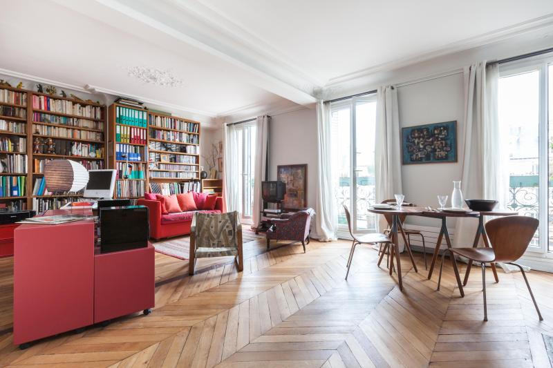 One Fine Stay - Avenue des Gobelins apartment - Image 1 - Paris - rentals