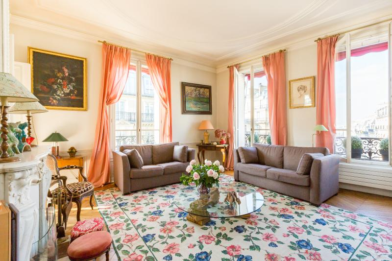 onefinestay - Avenue d'Eylau private home - Image 1 - Paris - rentals