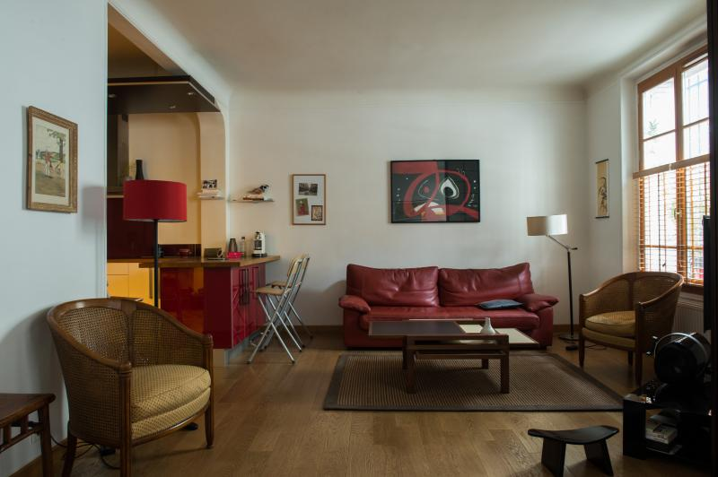 onefinestay - Avenue Franco-Russe private home - Image 1 - Paris - rentals