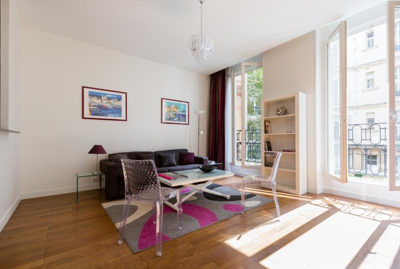 onefinestay - Avenue Kléber II private home - Image 1 - Paris - rentals
