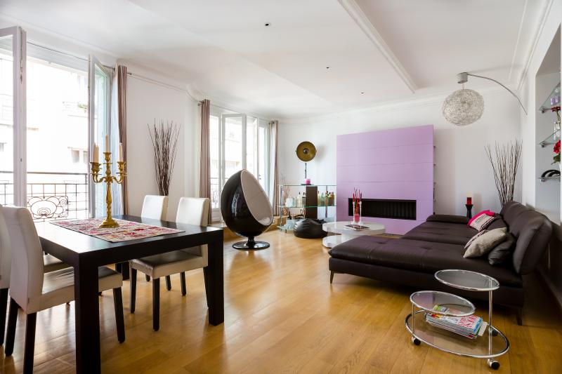 onefinestay - Boulevard du Montparnasse III private home - Image 1 - Paris - rentals