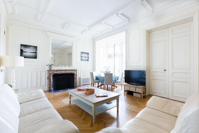 One Fine Stay - Quai Anatole France apartment - Image 1 - Paris - rentals