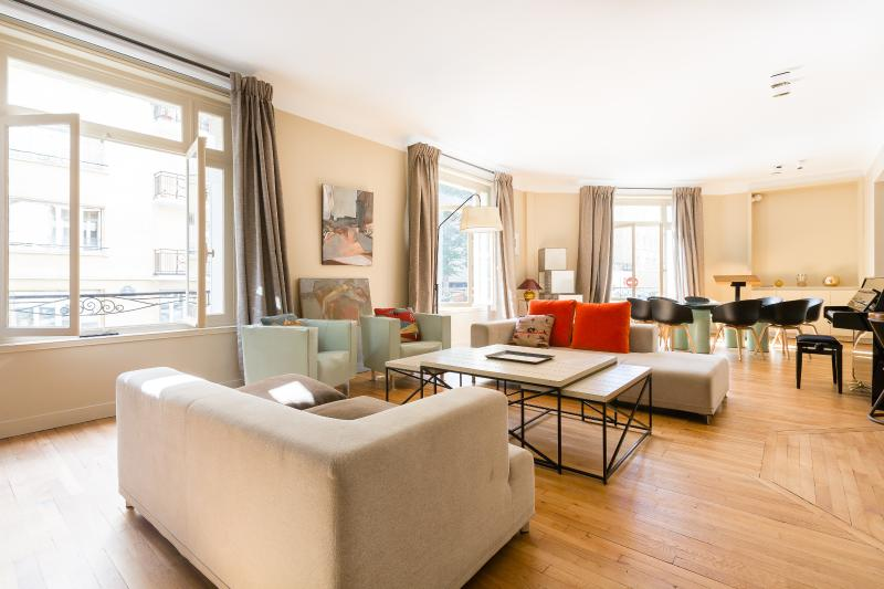 One Fine Stay - Rue André Colledeboeuf apartment - Image 1 - Paris - rentals