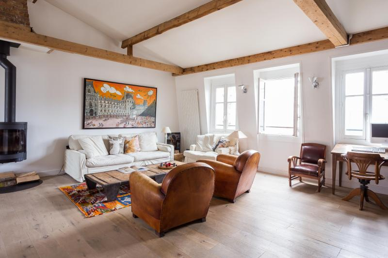 onefinestay - Rue Cardinet private home - Image 1 - Paris - rentals
