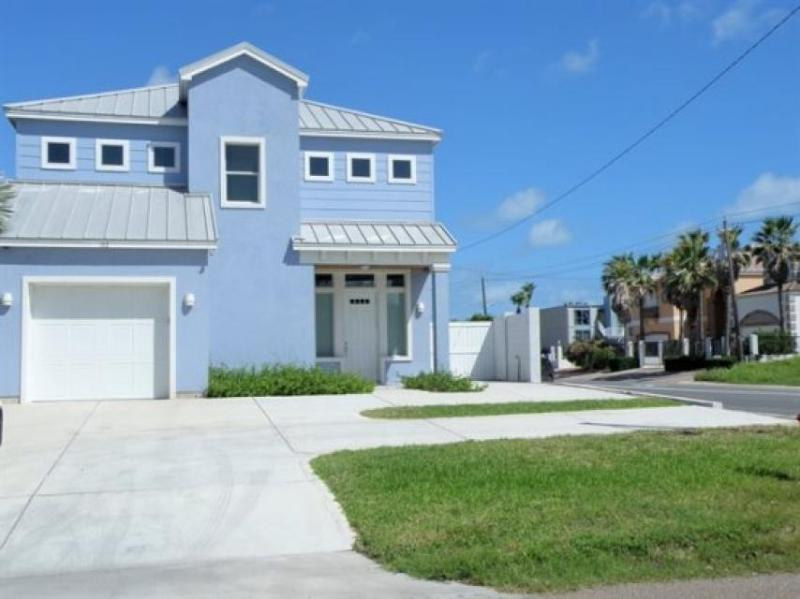 Stunning Gulf view home with a great kitchen, right on the beach! - Image 1 - South Padre Island - rentals