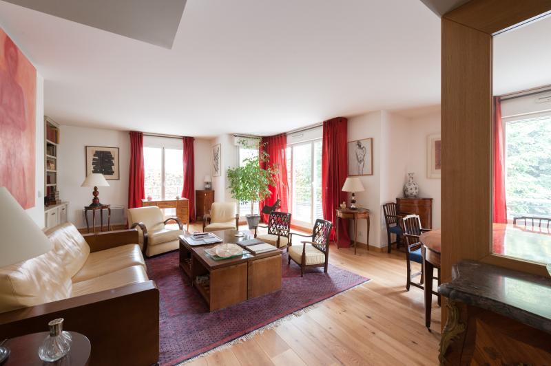 Rue Copernic II - Image 1 - Paris - rentals