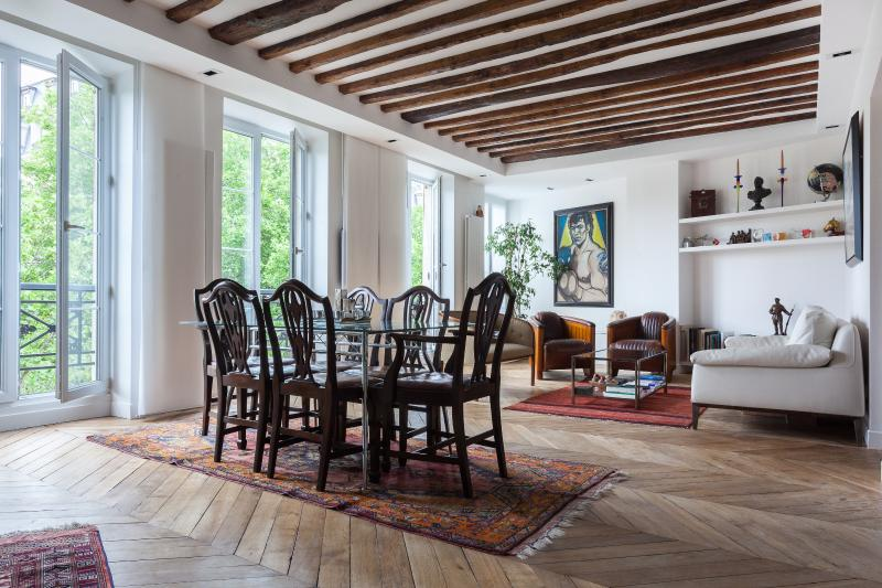 onefinestay - Rue Coquillière private home - Image 1 - Paris - rentals