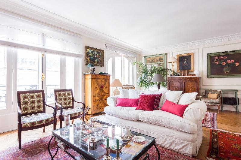 onefinestay - Rue de Chazelles private home - Image 1 - Paris - rentals