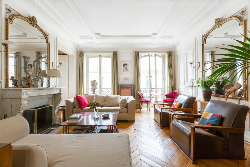 onefinestay - Rue de Douai private home - Image 1 - Paris - rentals
