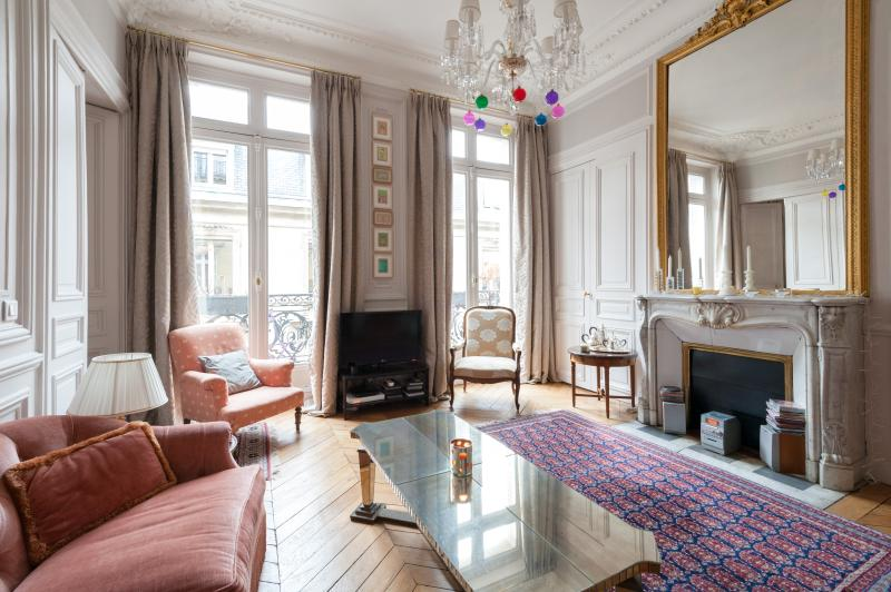 onefinestay - Rue de l'Université III private home - Image 1 - Paris - rentals