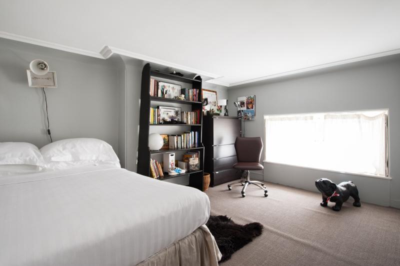 One Fine Stay - Rue de l'Université IV apartment - Image 1 - Paris - rentals