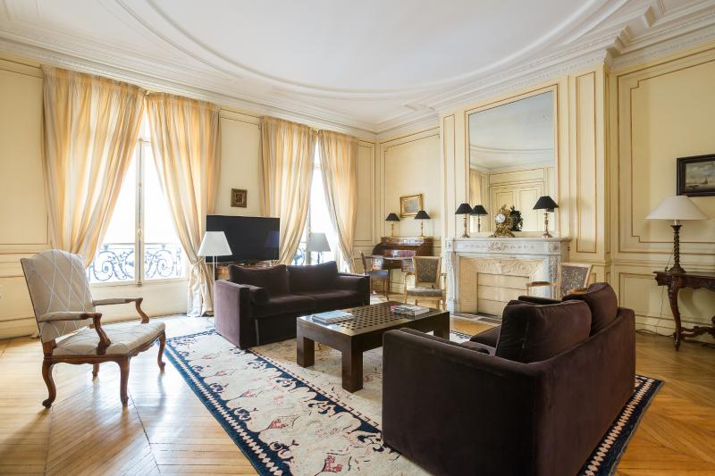One Fine Stay - Avenue de Marigny apartment - Image 1 - Paris - rentals