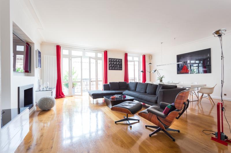 Rue de Monceau - Image 1 - Paris - rentals