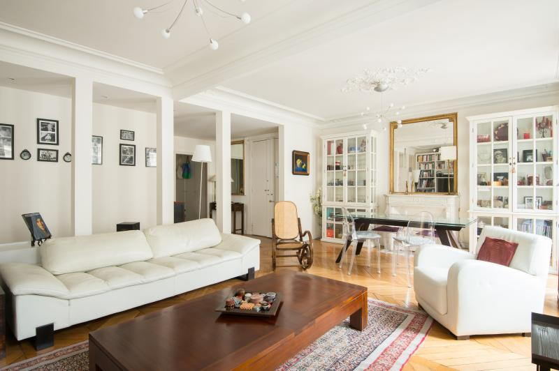 onefinestay - Rue de Montfaucon private home - Image 1 - Paris - rentals